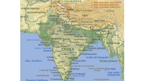 India Politica Cartina.India Tempesta Provoca Almeno 70 Morti